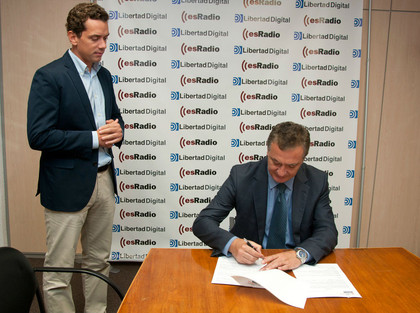 Hugo Ferrer de inBestia - Ferrer Invest Blog y Luis Rodríguez de Libertad Digital